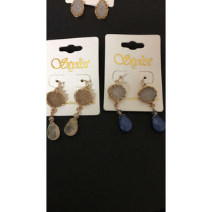 Druzy Dangle Earrings With Colored Bead