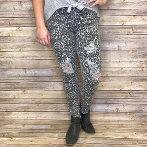 Anna Grey Cheetah Distressed Frayed Hem Cropped Jeans