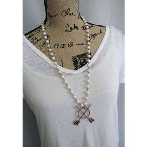 Double Arrow Pearl/Silver Necklace