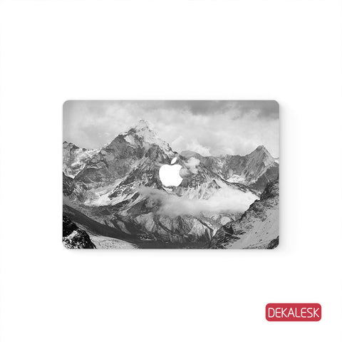 Snowy Mountains - MacBook Skin - DEKALESK