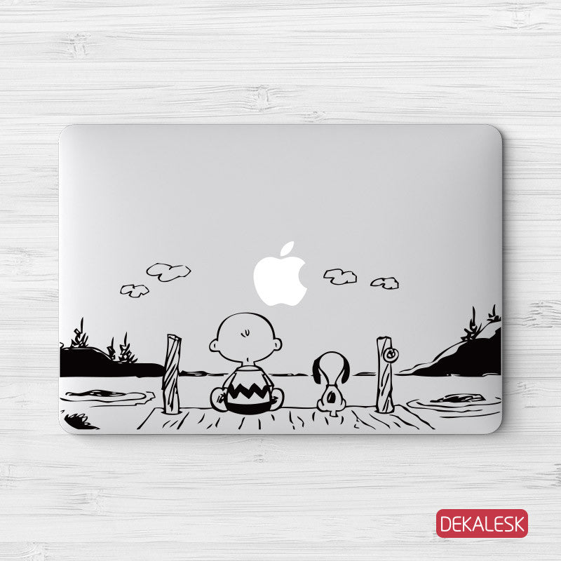 Charlie Brown & Snoopy - MacBook Decal - DEKALESK