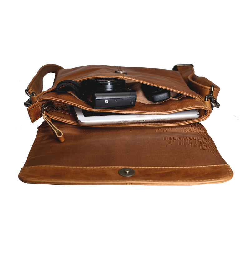 Men Vintage Brown Leather Crossbody Shoulder Bag | Finelaer