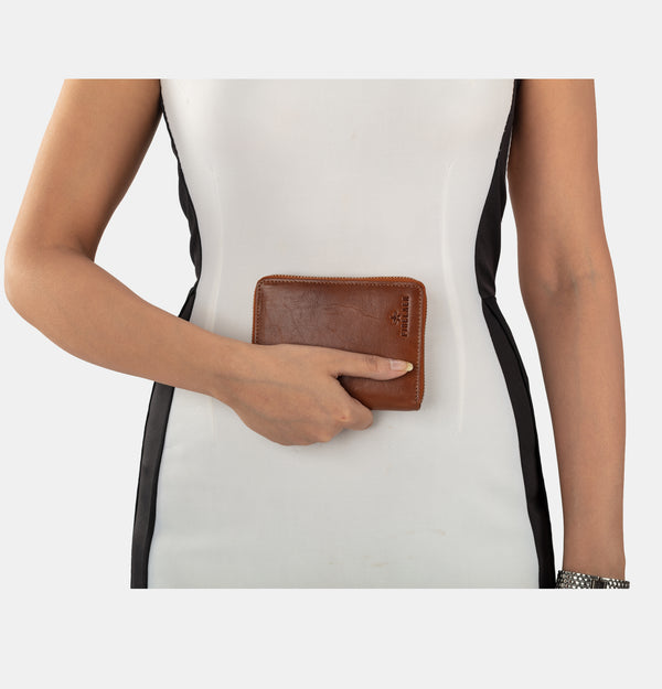 Women Brown Leather Small Wallet With Coin Pocket | Finelaer