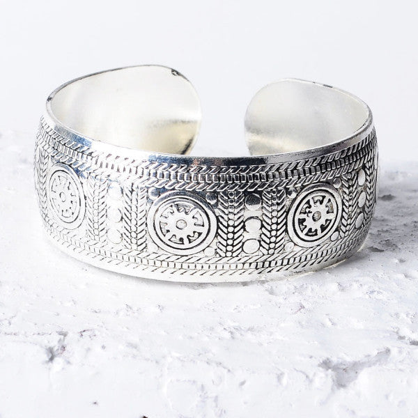 Iris Boho Antique Bangle