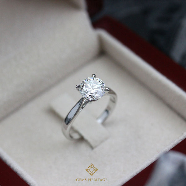 1.5 carats Diamond solitaire