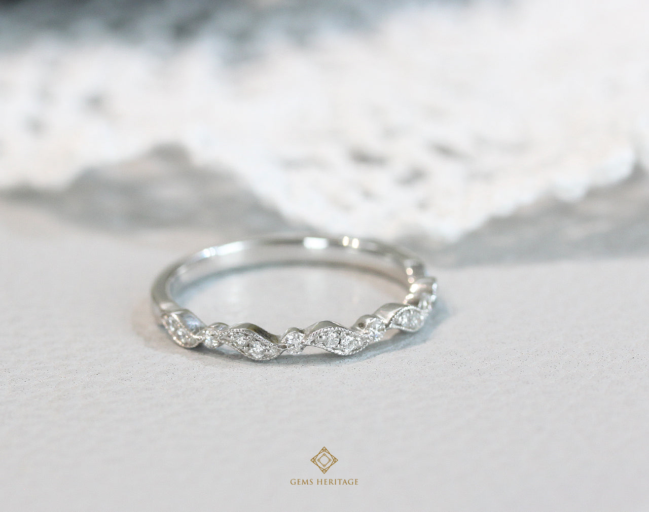 Wave Diamond Ring (RWG286)