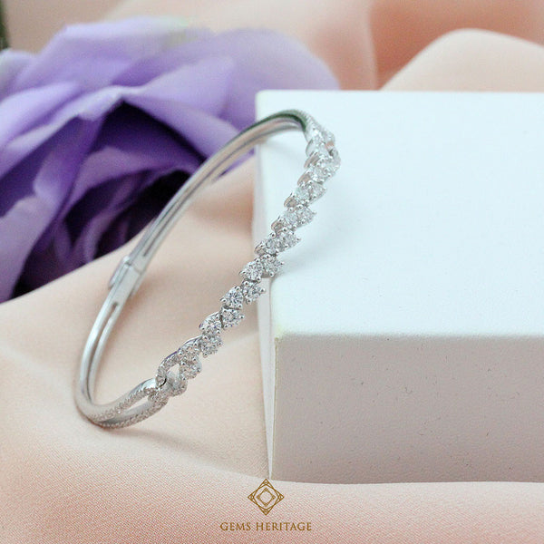 Zigzag Diamond bangle