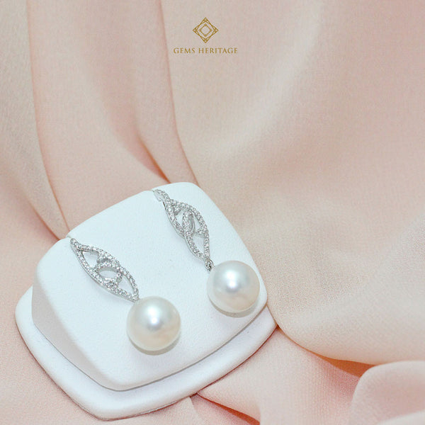 Sweet drop diamond and South sea pearl earrings