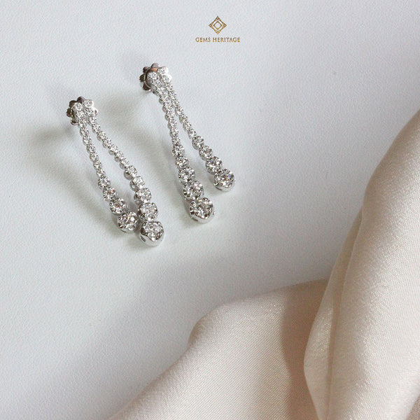 Diamond lines earrings