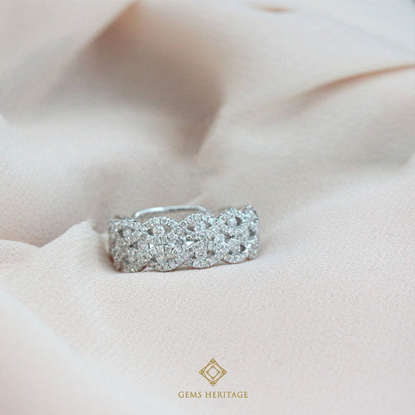 Stella diamond band ring