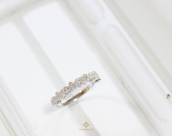 Leaves diamond band ring
