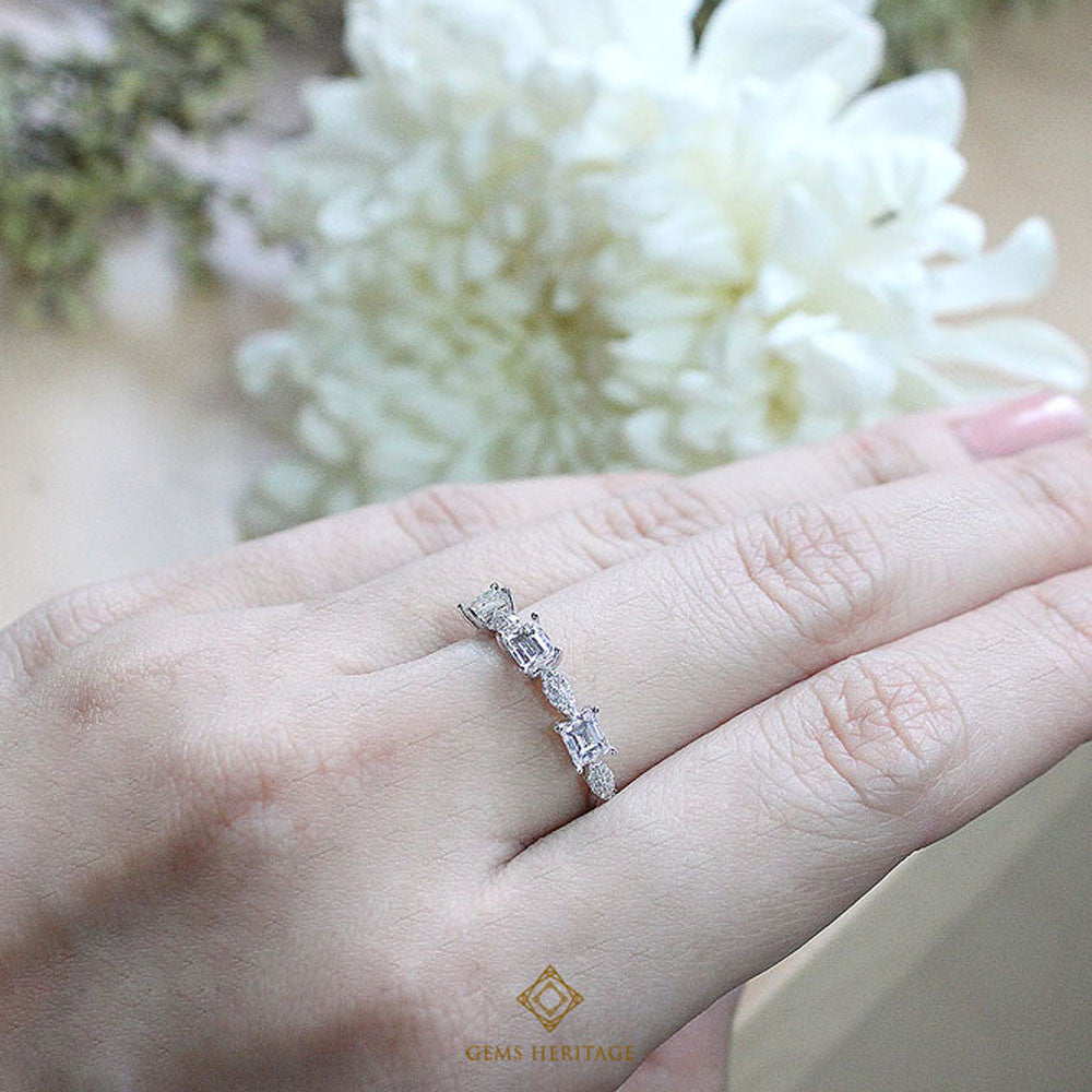 Baguette and pear diamond ring