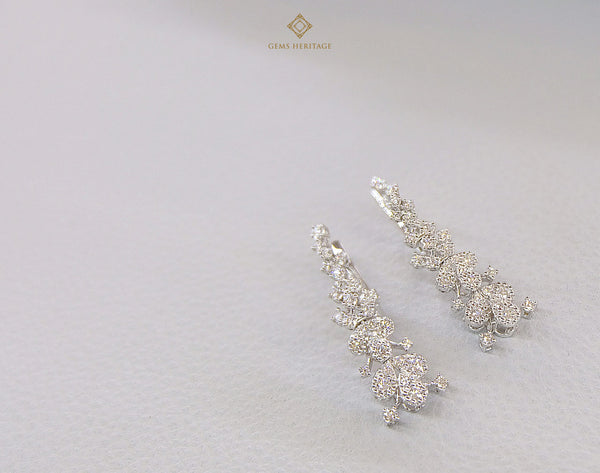 A Firework shape diamond earrings