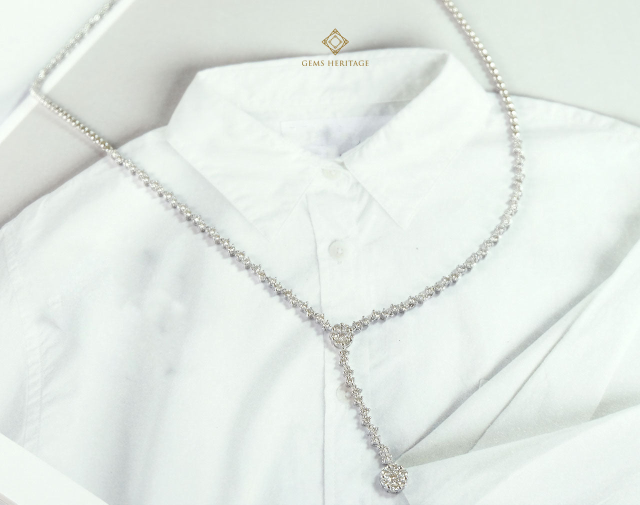 Slim zigzag diamond necklace