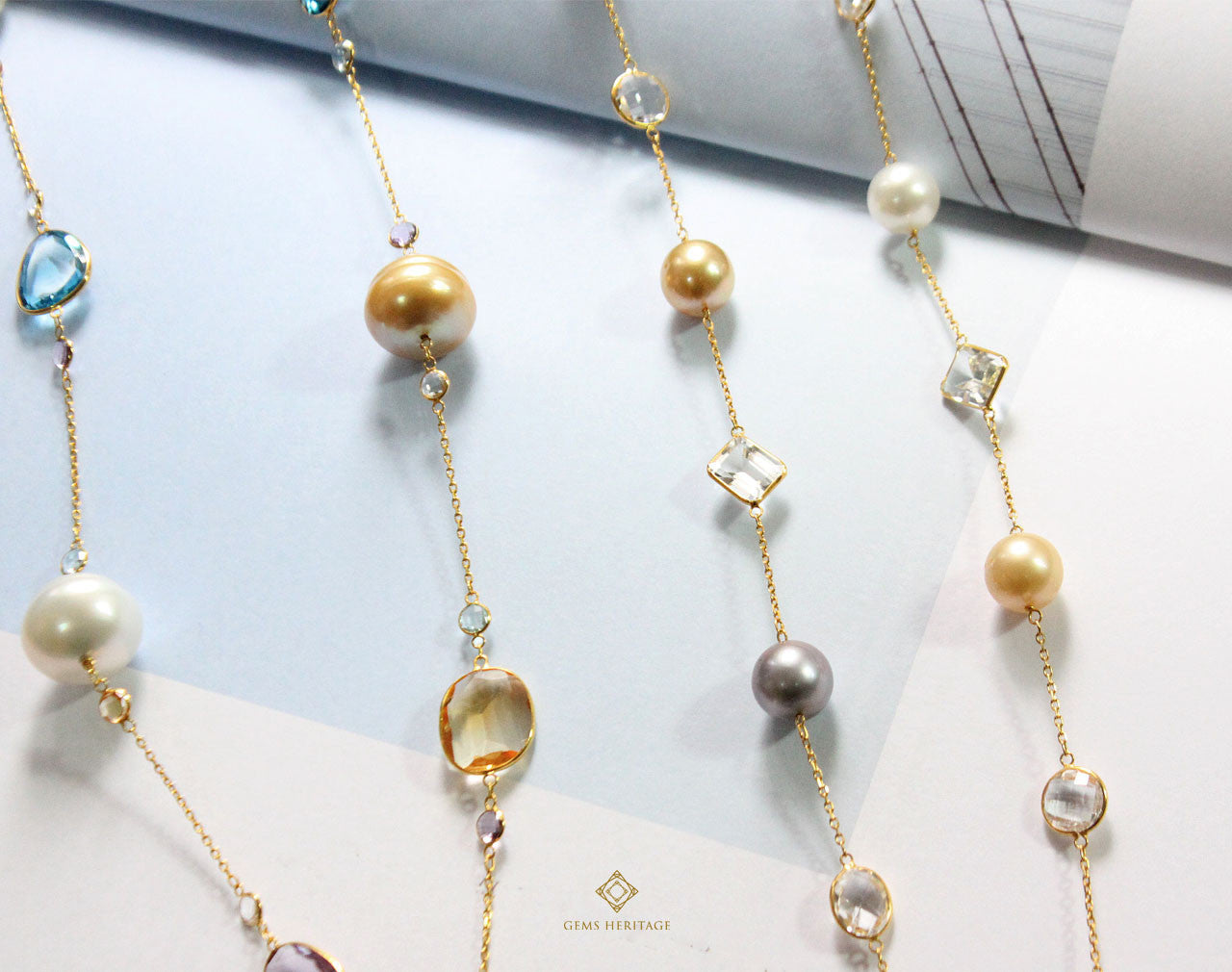 Pearl string with gemstones (S)