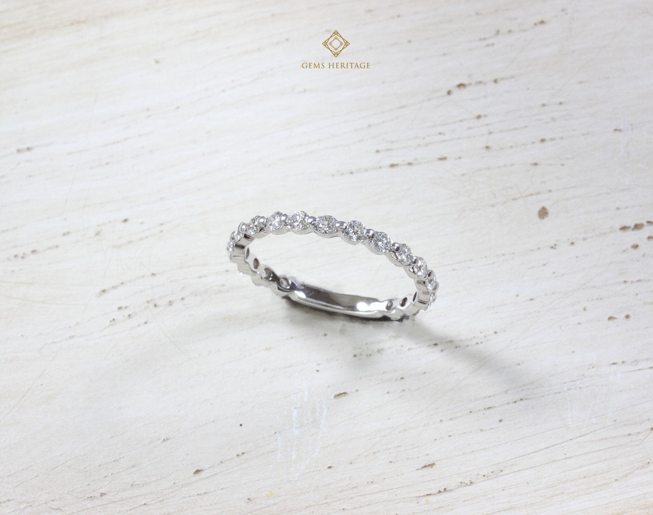 Minimal Diamond Band ring