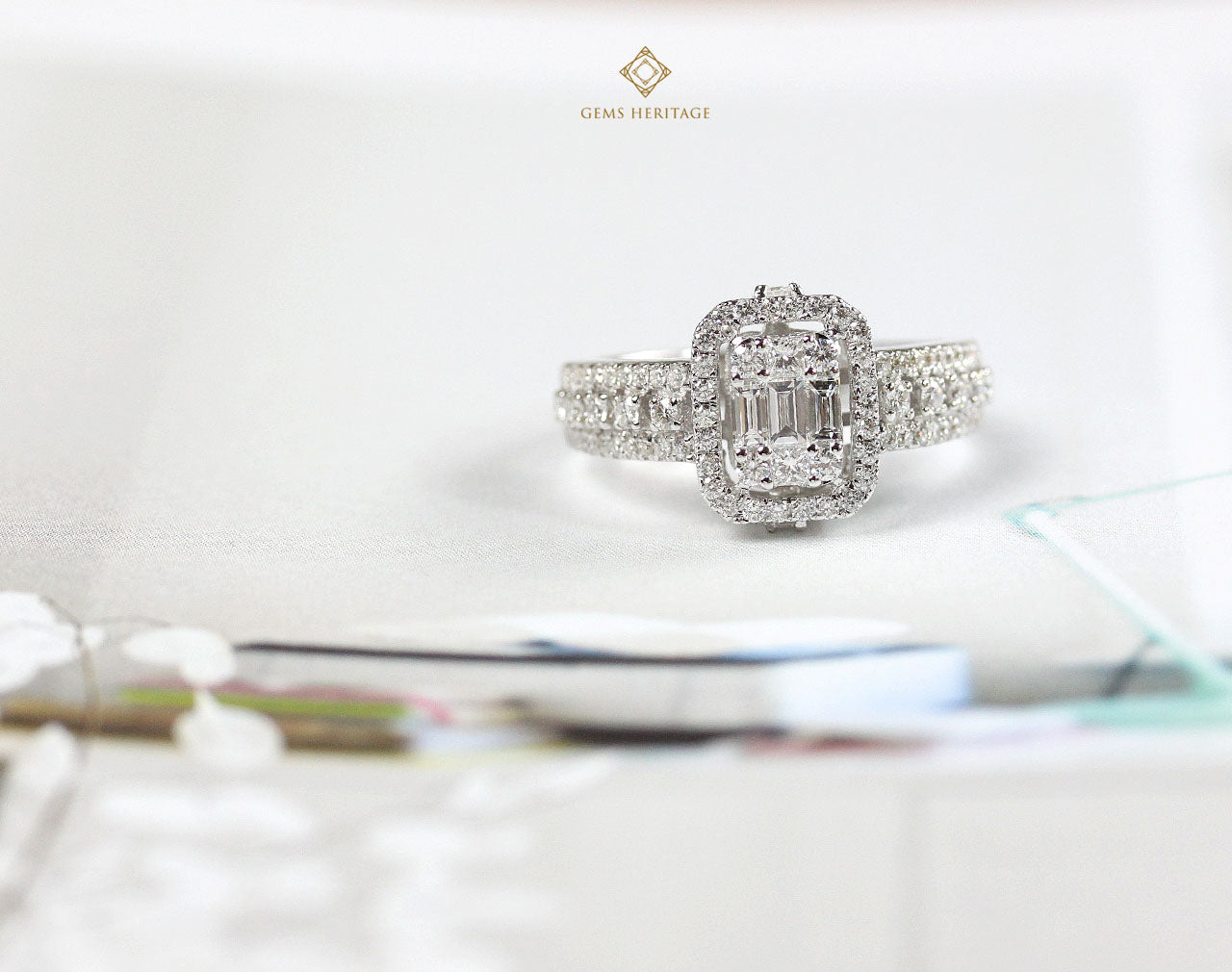 Delicated emerald cut illusion ring