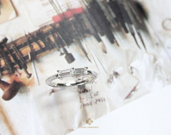 Asymmetry baguette diamond ring