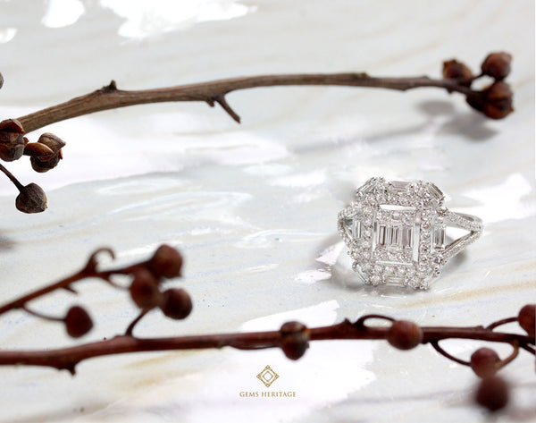 illusion setting Emerald cut double halo Ring(with begeutte)