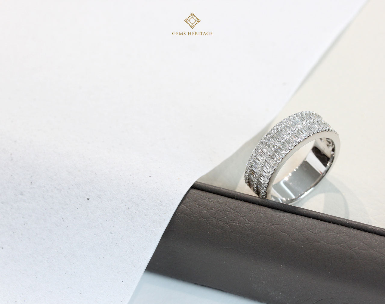 Double line baguette ring