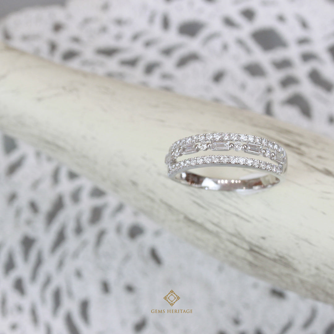 Three line baguette ring