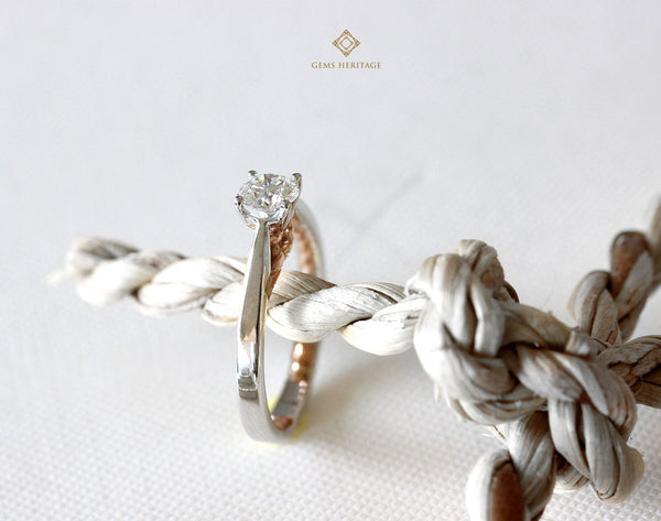 TIE THE KNOT (LADY)solitaire