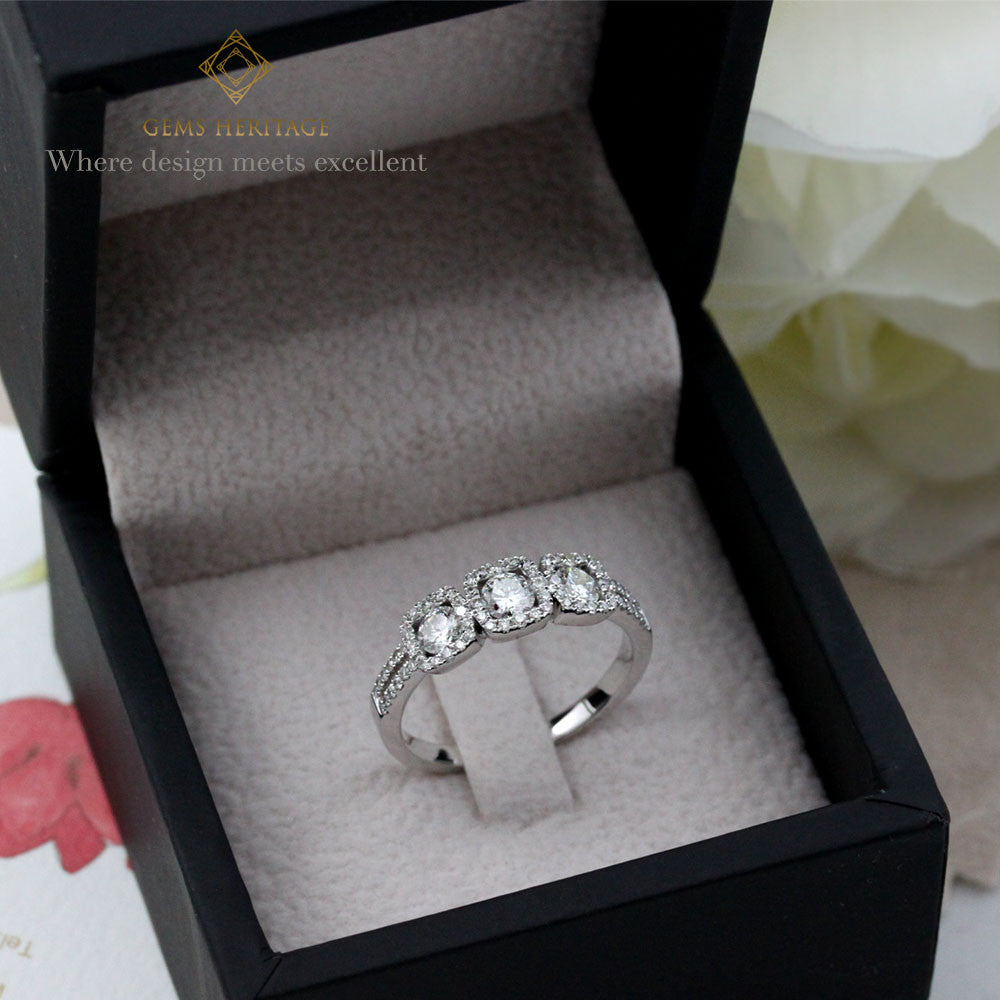 Tri diamond ring