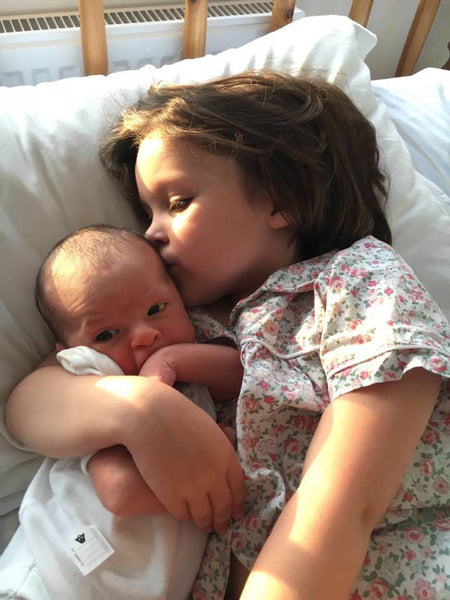 Tips to intergrate your new baby with their older siblings