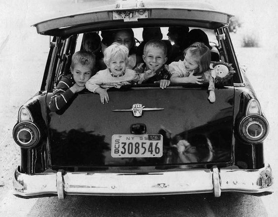children on car journey