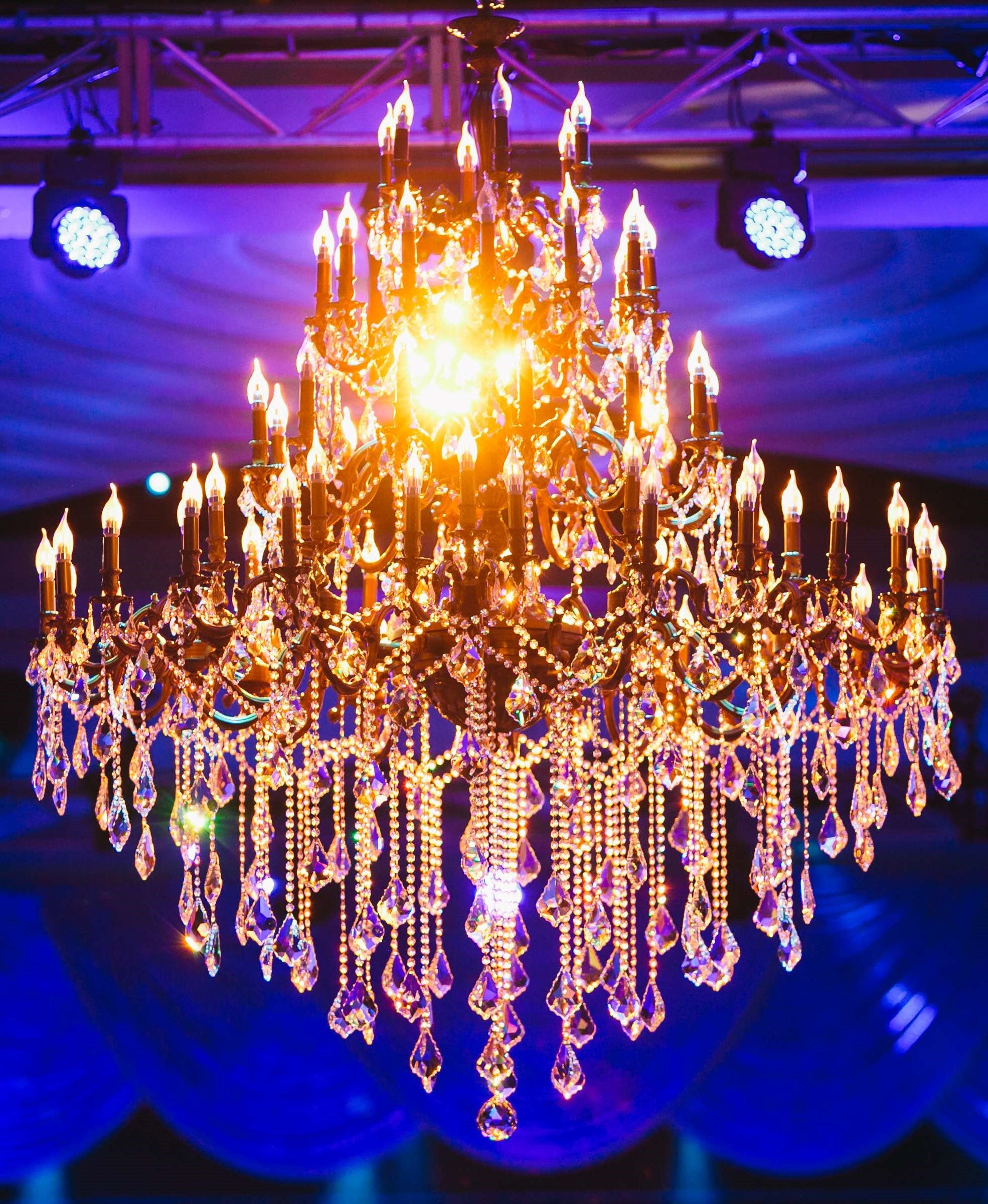 Queen Isabella Chandelier 180