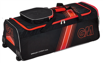 Gunn & Moore 909 Wheelie Bag Bags