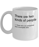 Science Humor - There are two kinds of people - Funny Mug for scientist or mathematician