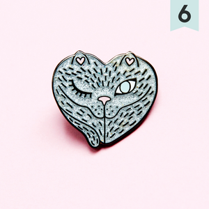 Vulva Enamel pin - happeriod