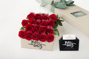 18 Red Roses Gift Box & Scented Candle