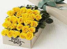 24 Yellow Roses Gift Box