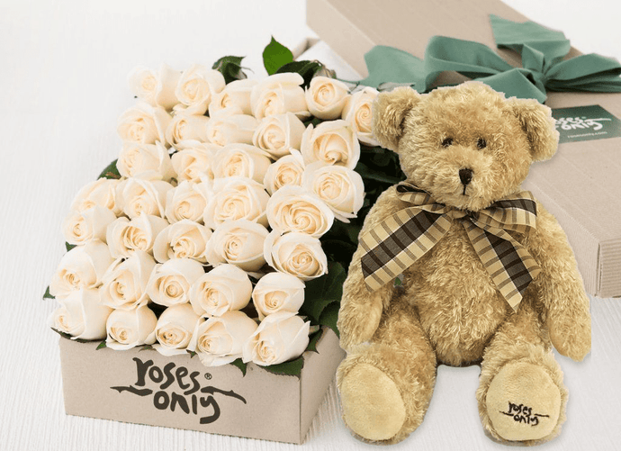 36 White Cream Roses Gift Box & Teddy Bear