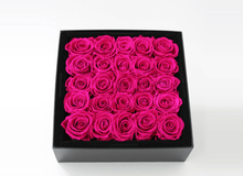 25 Bright Pink Year Long Infinity Roses