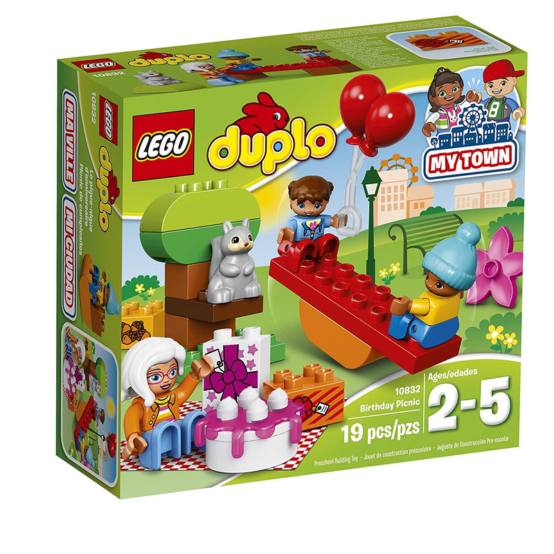 Play out real-life scenarios in LEGO DUPLO My Town: a recognizable world with modern DUPLO figures. Young children will love taking balloons and a birthday picnic to the park with Grandma. Have fun with the seesaw that really rocks, build the tree and spread out the blanket—it's the perfect place for a picnic! Includes three DUPLO figures plus a squirrel figure.