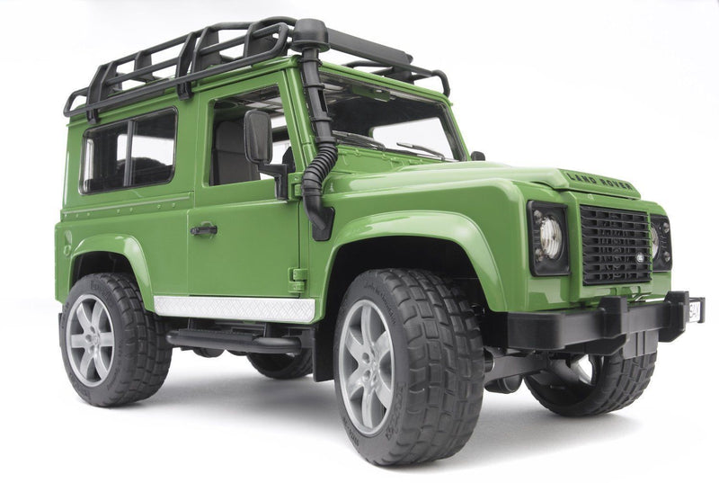 Bruder - 02590 | Land Rover Defender Green