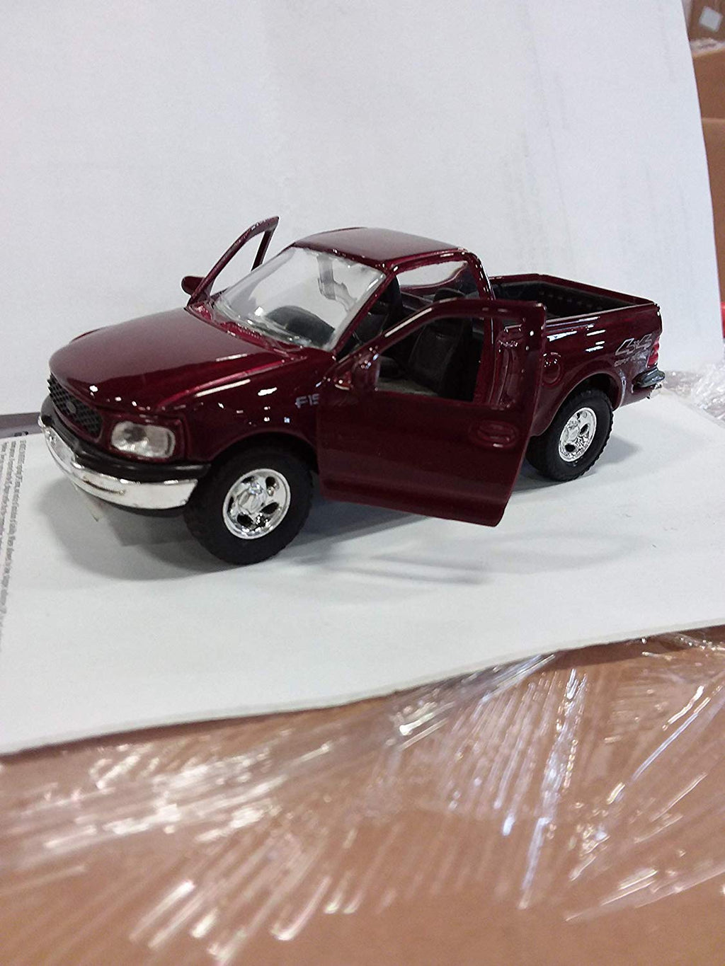 Toysmith - 2537 | Pull-Back Ford F-150 - Assorted