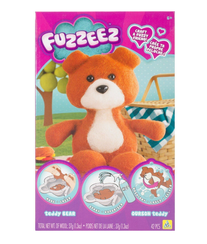 FUZZEEZ TEDDY BEAR 74609 castle toys red deer