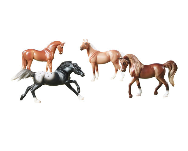 This Stablemates set includes 4 different breeds: liver chestnut Arabian, palomino Quarter Horse, chestnut Thoroughbred and black Appaloosa.
