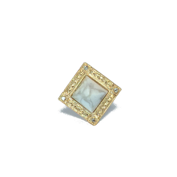 Cocktail ring gold with white howlite marble stone