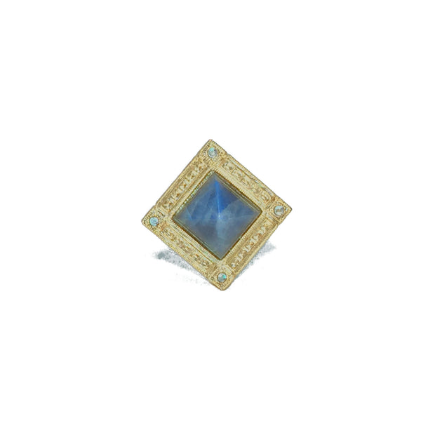 Cocktail ring gold with iridescent labradorite stone