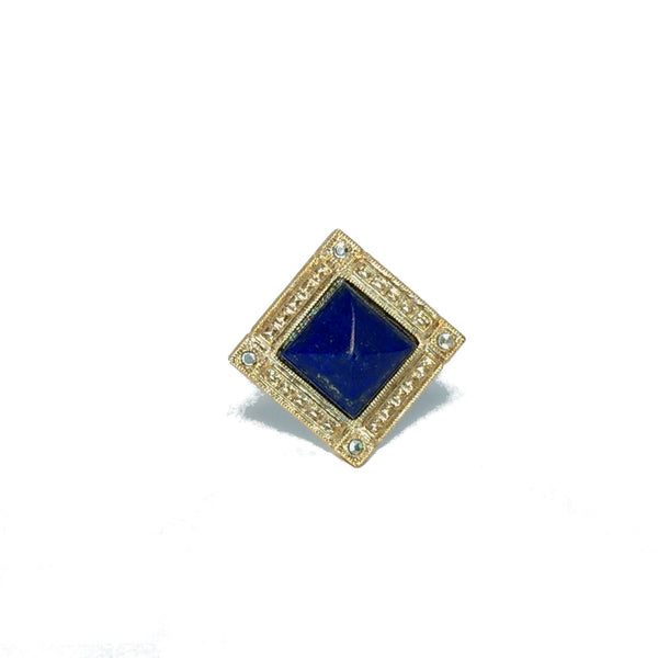 Cocktail ring gold with natural royal blue lapis stone