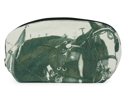 Clydesdale Pouch