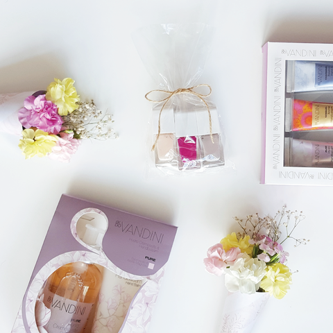 How to make a Mother's Day DIY Gift Basket!