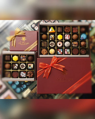 Le Rouge 24 Pcs Pralines Box Mixed Liquors/Non Liquors