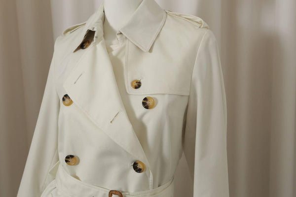 Burberry London Classic Ivory Trenchcoat