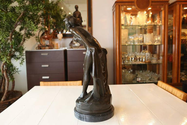 Nude Female Bronze Sculpture